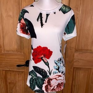 NWT L LLR Multicolor Floral Printed White Liv Tee